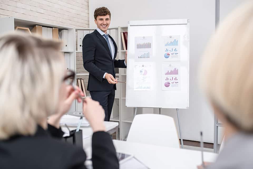 Descubre el perfil profesional de un director de marketing