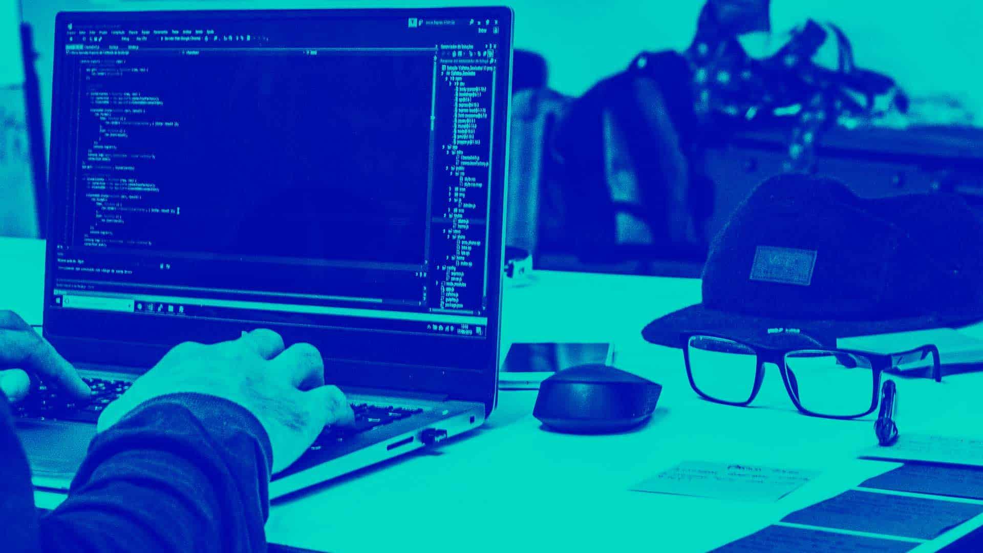 ¿Qué es MySQL? ¿Cómo surgió? ¿Cuáles son sus características?