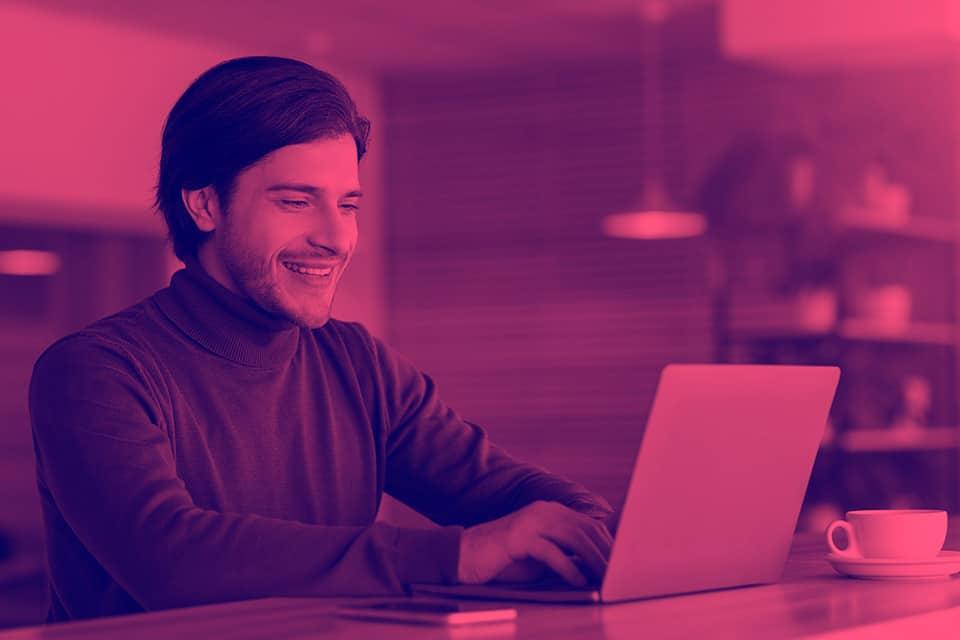 ¿Qué hace un programador y un desarrollador java?