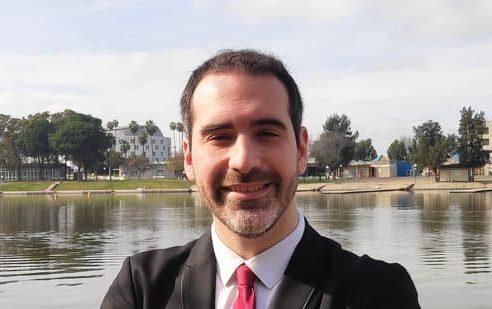 """Agustín Linares: """"Siempre he sido un alumno regular pero en esta formación he conseguido la motivación que necesitaba para conseguir matrícula de honor en mi proyecto final»"""